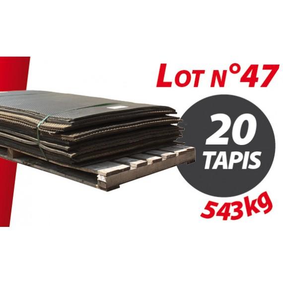Palette N°47 (543kg) de 20 tapis caoutchouc d'occasion Qingdao 1.82m x 1.20m pour ensilage